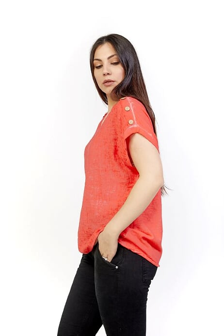 AMICI MIA COLD WASH BUTTON TEE - RED