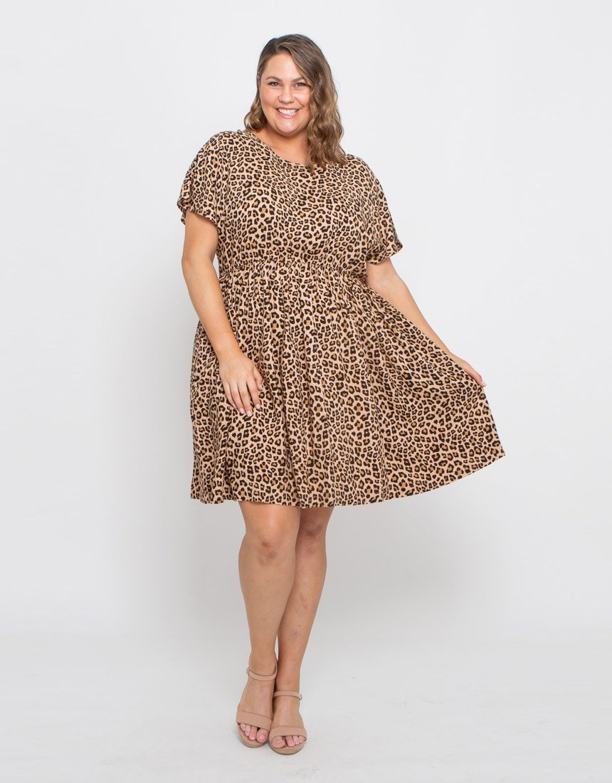 CURVES BY LEONI ASHER DRESS - CARAMEL LEOPARD