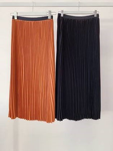 CHOSEN BY ISPYIT DYLAN PLEATED SKIRT - RUST