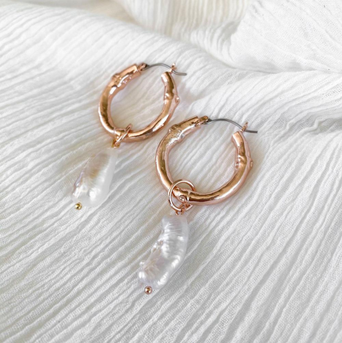 MINC COLLECTIONS INDIA PEARL HOOPS - ROSE GOLD
