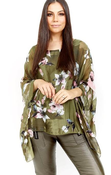 AMICI DIGITAL PRINT SILK FLOWER BATWING TOP - MILITARE