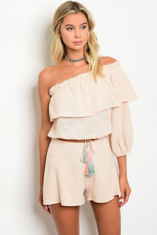 RUFFEL SHOULDER SHORT SET