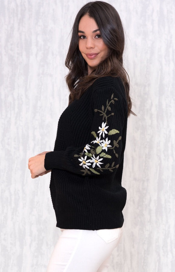 FLORAL ELBOW KNIT