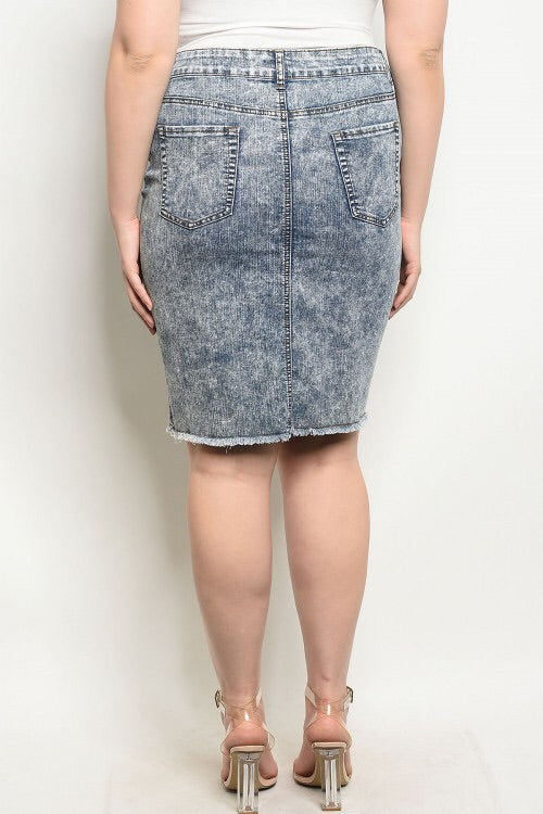 PLUS SIZE DISTRESSED DENIM SKIRT