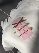 MEGHAN'S HAIR PIN SET