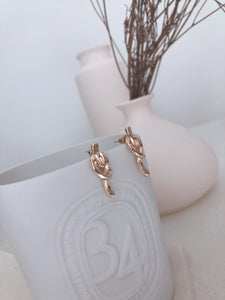 TIE THE KNOT EARRING