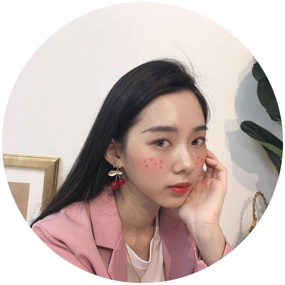 CHERRY EARRING (1666212429859)