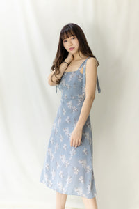 BOWSTRING FLORAL DRESS in blue (4344940462155)
