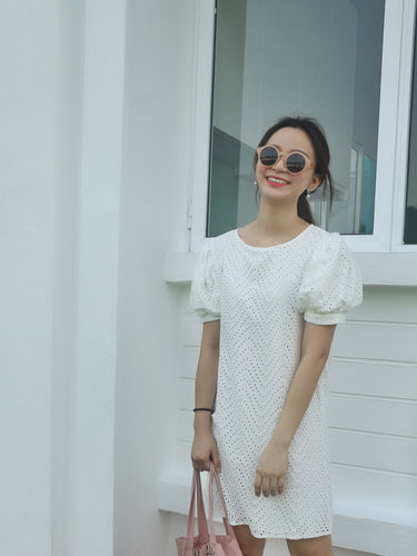 PAEMY PUFFY CROCHET DRESS WHITE 泡泡袖镂空连衣裙
