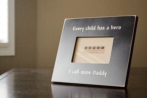 father's day photo frame, black, Every child has a hero, I call mine Daddy