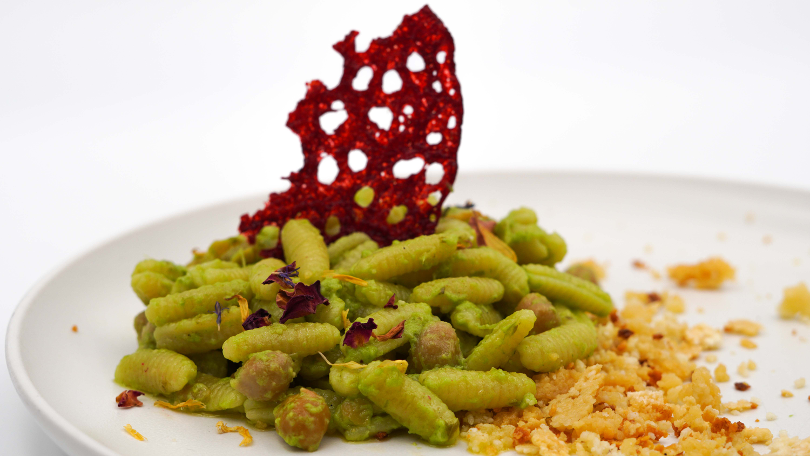 CAVATELLI CECI E PESTO
