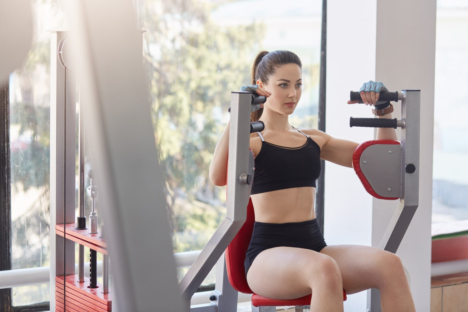 lady working out at gym