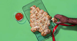 Pull-Apart Cheesy Biscuit Christmas Tree