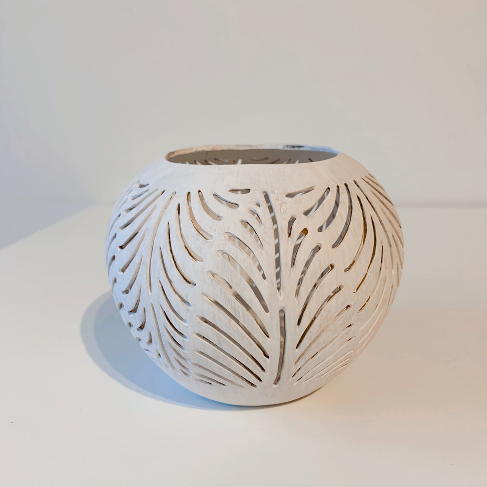 Coconut Candle Holder ~ Palm Leaf ~ White