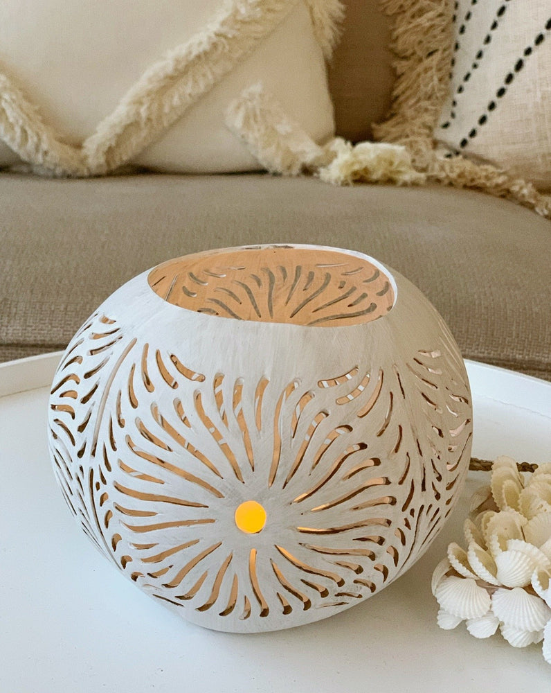 Coconut Candle Holder ~ Flower ~ White