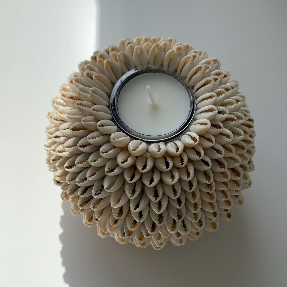 Load image into Gallery viewer, Candle Holder Cowrie Shells