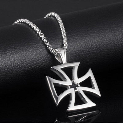 Men Cross Lucky Clover Pendant Necklace - GnWarriors Clothing