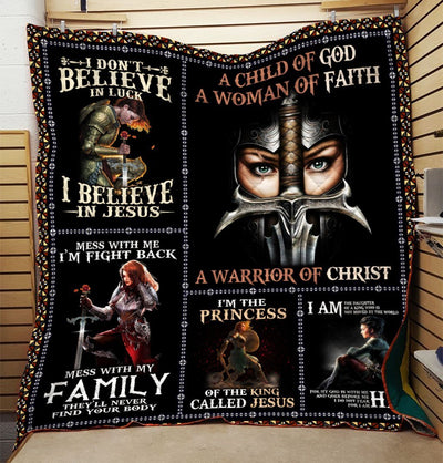 Trending Christian Quilt Collection - A Child Of God A Woman Of Faith Quilt ql-hg85 - GnWarriors Clothing