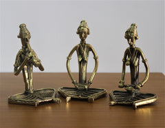 Set of 3 sitting musicians