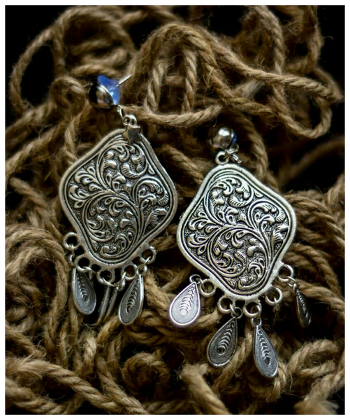 Advaita Handicrafts alloy oxidised earring - Assorted