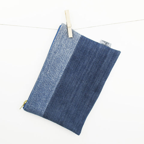 CLUTCH aus recycled Jeans