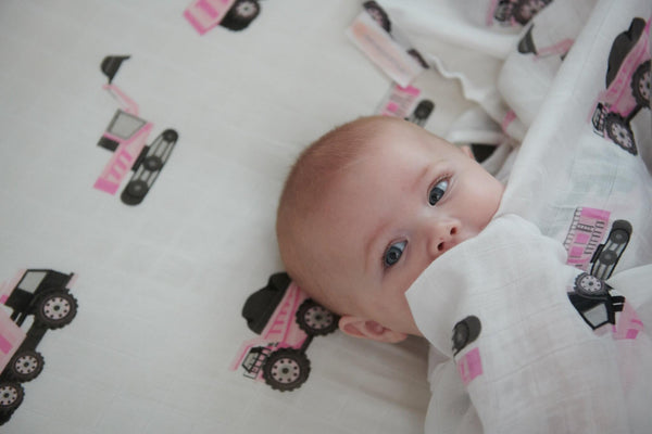 Bamboo Crib Sheet - Pink Digger - Roll Up Baby
