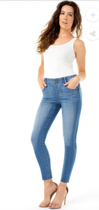 Liverpool Gia Glider Crop with Cut Hem
