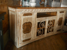 Adobe Entertainment Console/ Buffet
