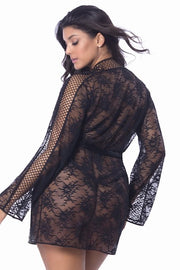 Lace robe Chantal - plus size gown - CurvynBeautiful