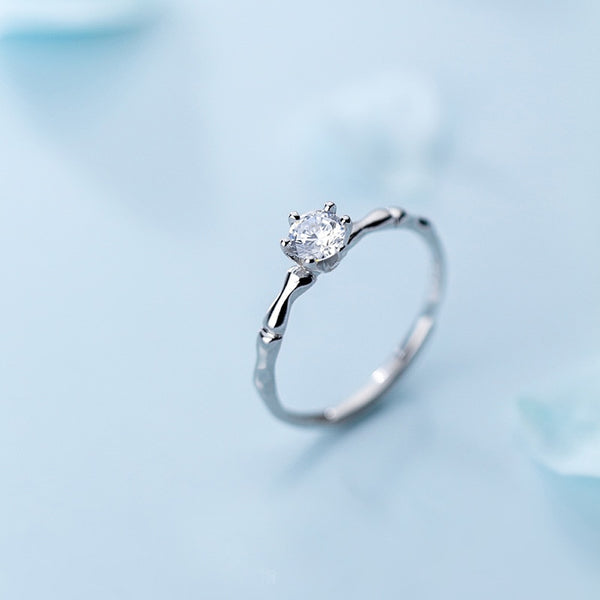 Love Your Curves Sterling Silver Solitaire Ring