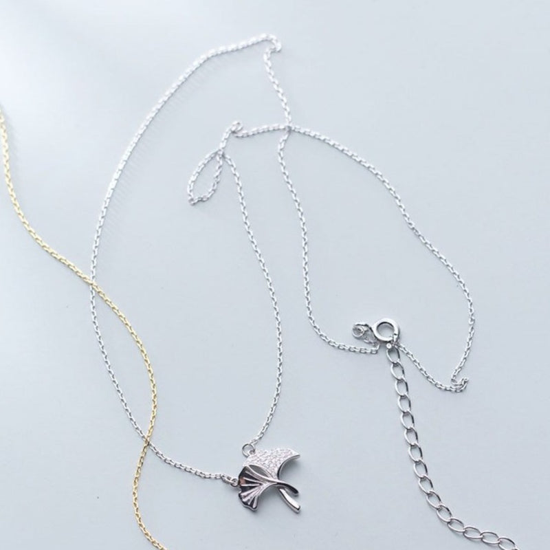 Textured Leaf Elegant Sterling Silver Necklace