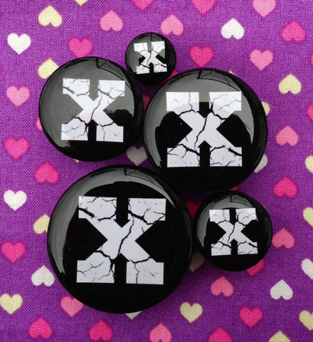 Straight Edge X Plugs- 8mm-30mm (SOLD INDIVIDUALLY, NOT AS PAIR)