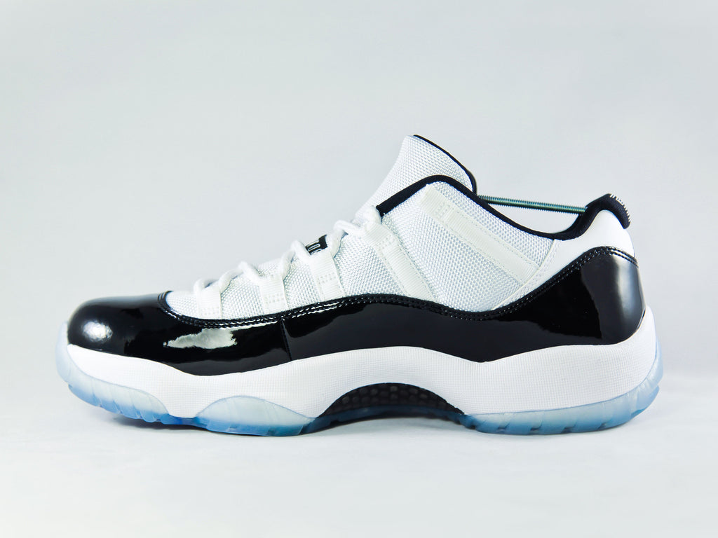 Air Jordan 11 Retro Low Concord