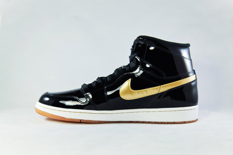 Air Jordan 1 Retro Black/Metallic Gold