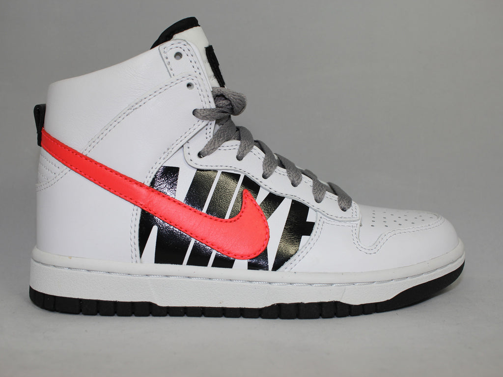"Nike Dunk High ""Undefeated """