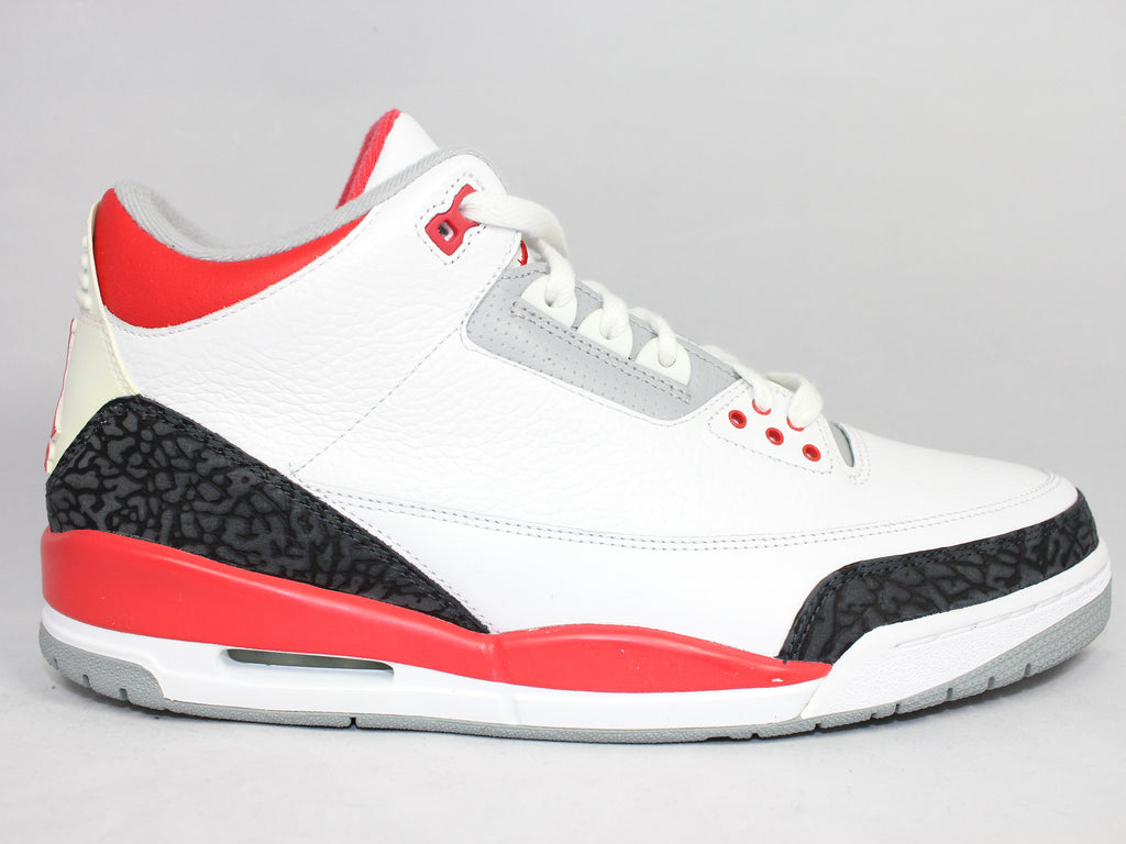 "Air Jordan 3 Retro ""Fire Red"" (2007)"