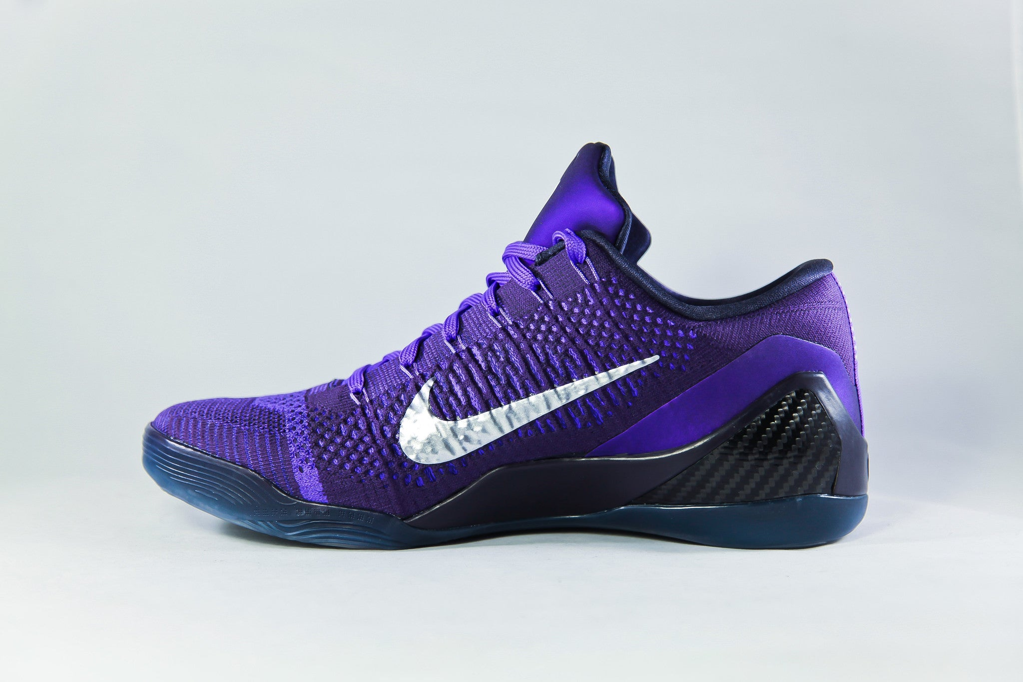 f213d04e3415 Nike Kobe Shoes   Accessories