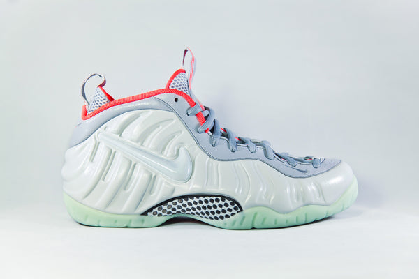 Nike Air Foamposite Platinum