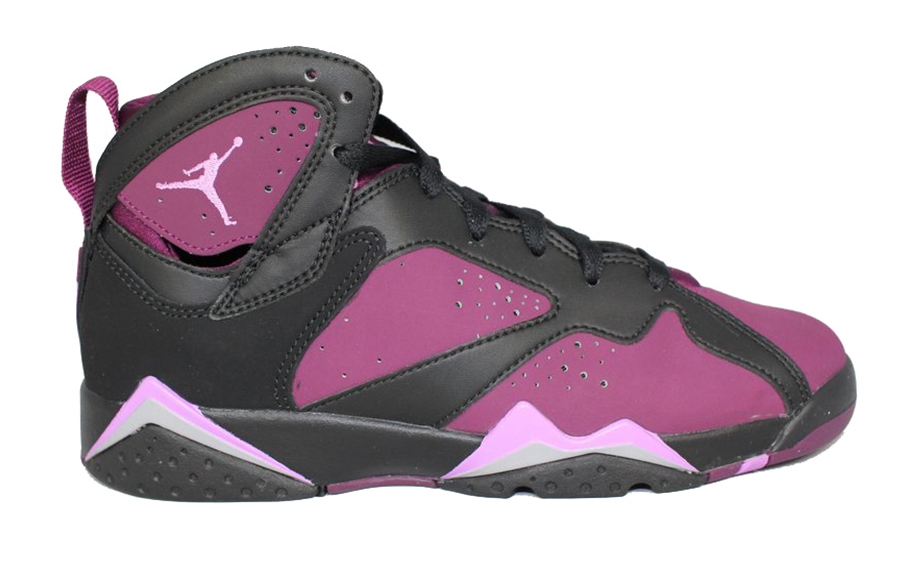 Air Jordan 7 Retro Fuchsia