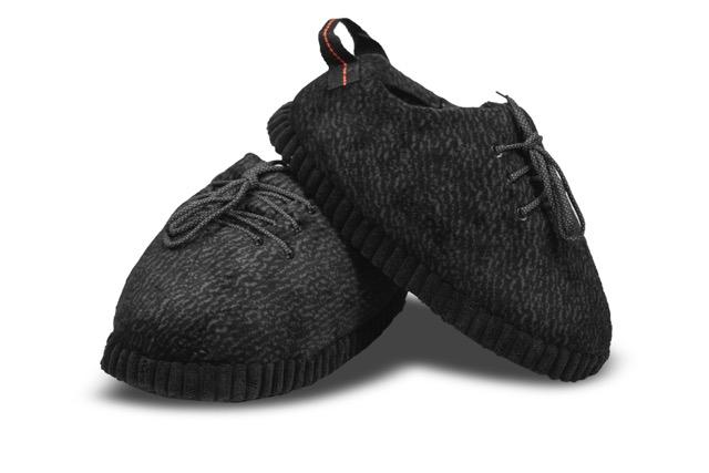 "Yeezy Inspired Look Alike Novelty Slippers ""All black"""