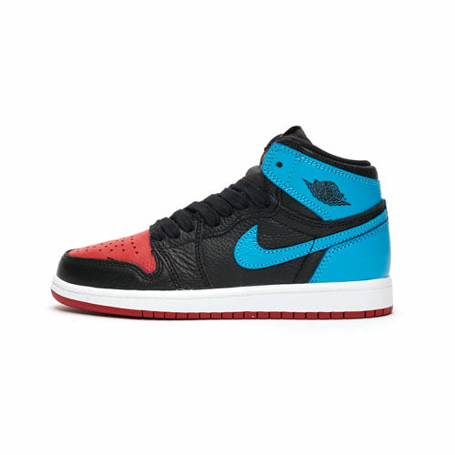 Air Jordan 1 Retro UNC to Chicago Wmns