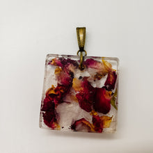 Load image into Gallery viewer, Rose Quartz and Rose Petal Pendant