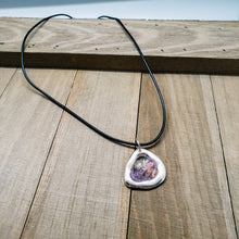 Load image into Gallery viewer, Triangle Geode Pendant Necklace