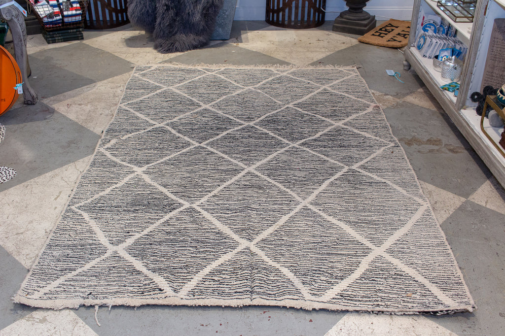 Moroccan Beni Ourain Double Sided Wool Rug in Black & Ivory Merle