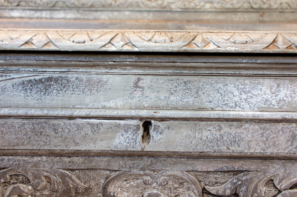 19th Century Spanish Neoclassical Ornate Wood Bench with Linen Storage in Greige