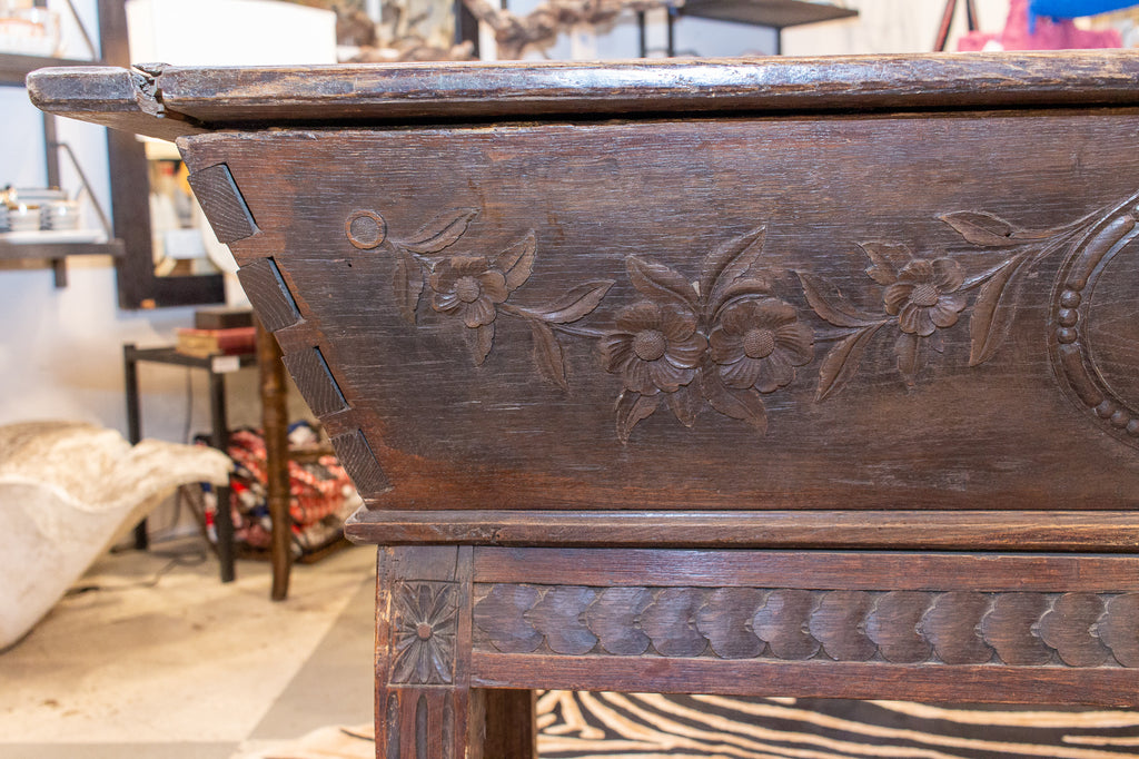 "19th Century French Carved ""Pétrin de Boulanger"" Bread Dough Proving Chest"