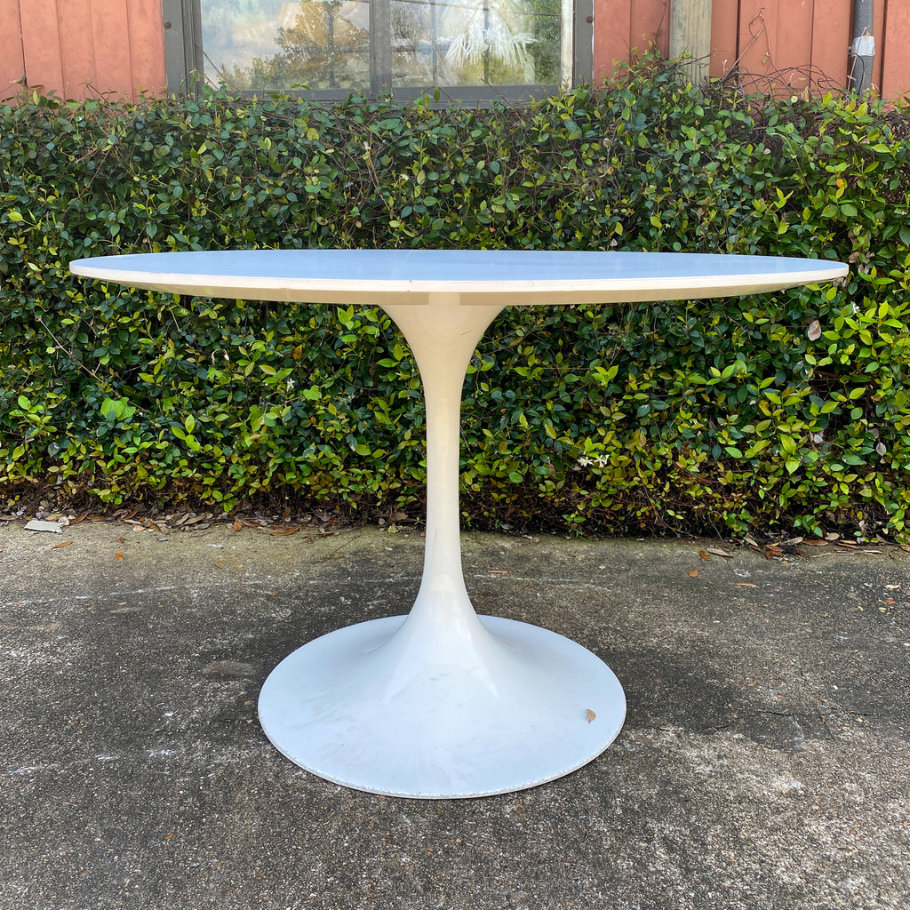 Vintage Eero Saarinen Tulip Dining Table in White