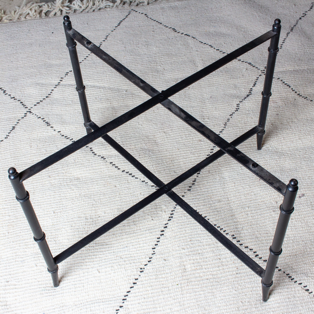 Vintage French Chinoiserie Tray Table in Black and Gold