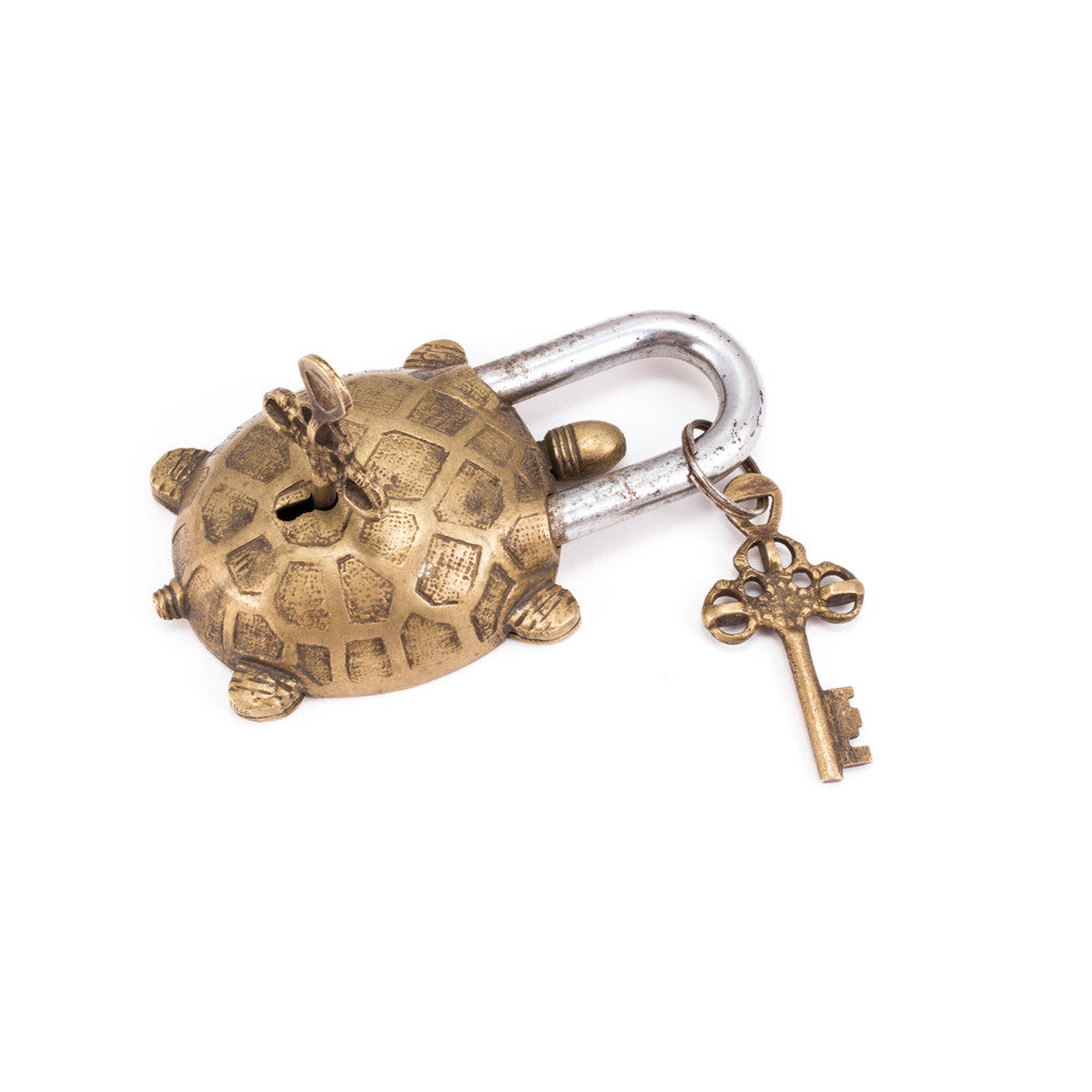 Oversized Tortoise Lock with Keys - (Two Colors)