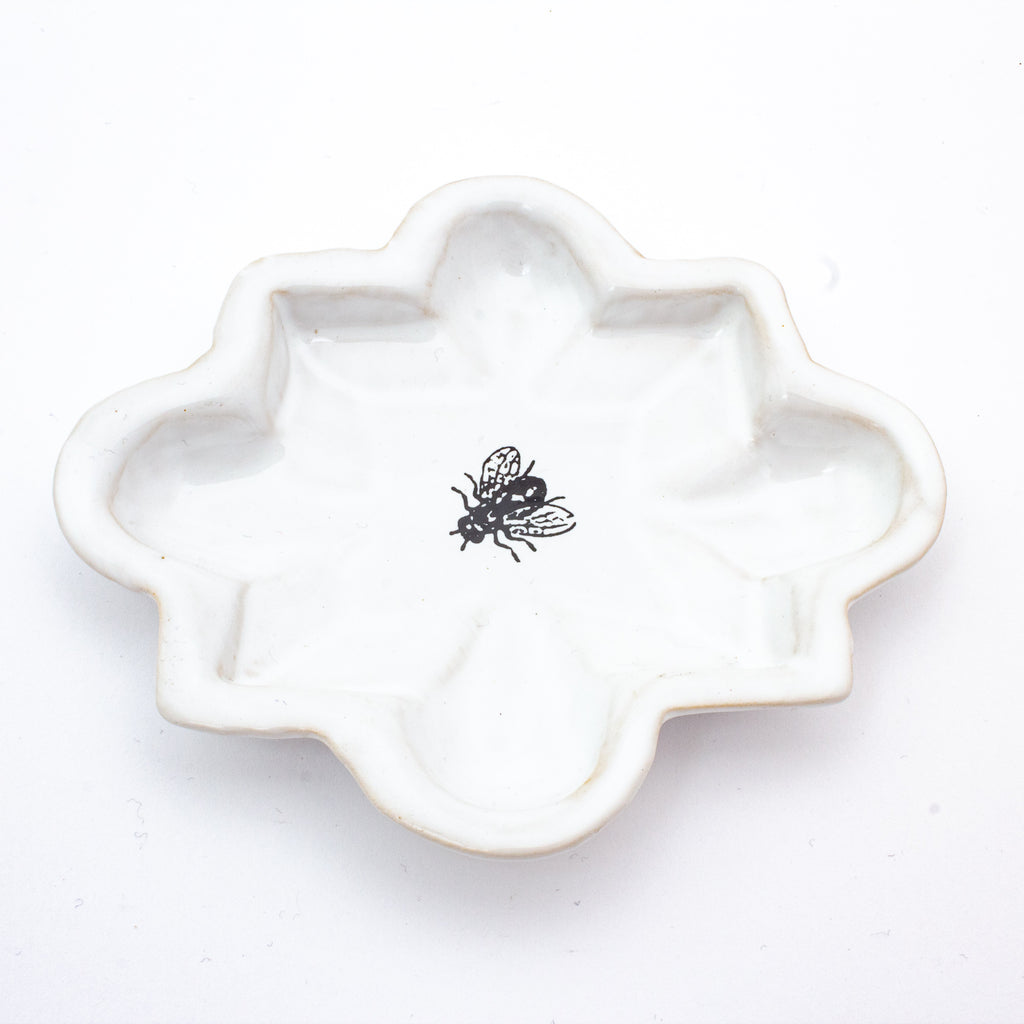 Kühn Keramik Small Asher Tray -Housefly